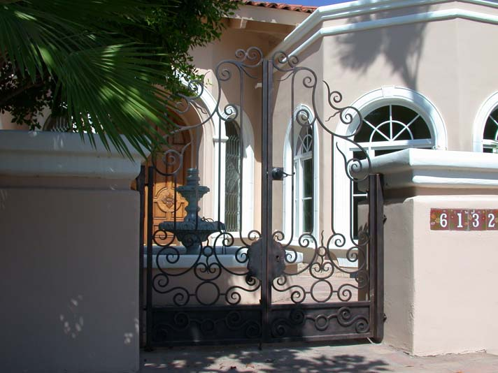 Courtyard Gate 22 · Gate23 & GALLERY - COURTYARD GATES - Freitag`s Custom Iron pezcame.com